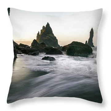 Black Sand Beach In Iceland Throw Pillow