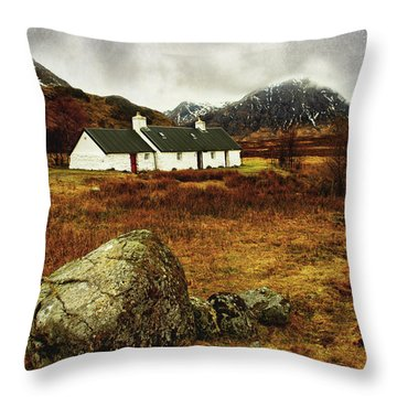 Blackrock Cottage Glencoe Throw Pillow