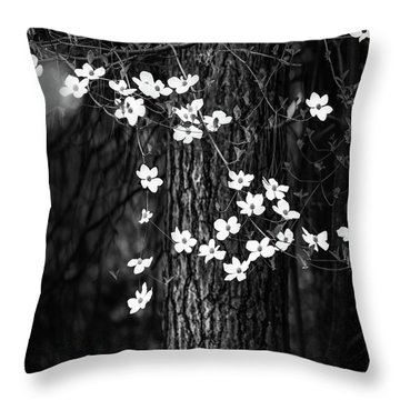 Blooming Dogwoods In Yosemite Black And White Throw Pillow
