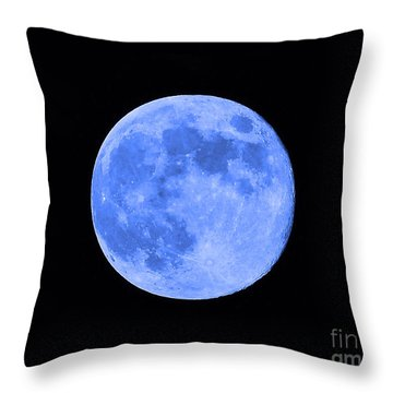 Blue Moon Close Up Throw Pillow by Al Powell Photography USA