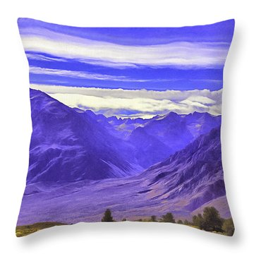 Blue Mountains.sierra Nevada Throw Pillow