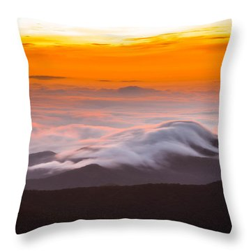 Blue Ridge Valley Of Clouds Throw Pillow