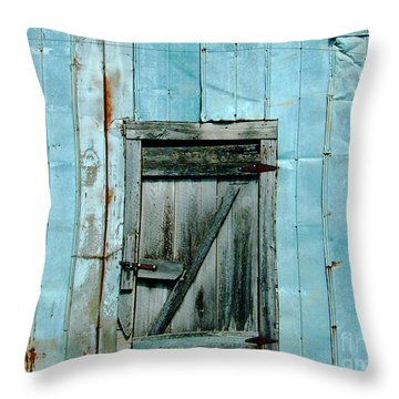 Blue Shed Door  Hwy 61 Mississippi Throw Pillow