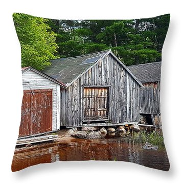 Boathouses - Mcadam Nb Throw Pillow