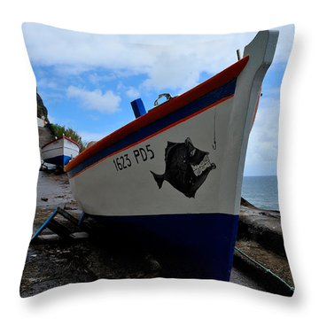 Boats,fishing-26 Throw Pillow