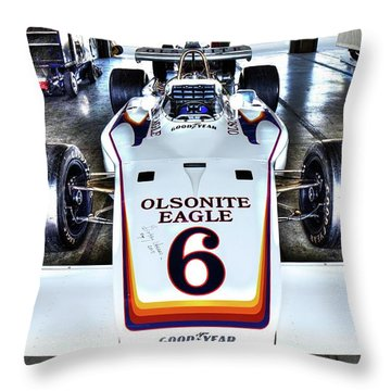 Bobby Unser's 1972 Indianapolis 500 Car. Throw Pillow