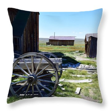 Bodie Wagon Throw Pillow