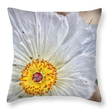 Bonettle Flower Throw Pillow