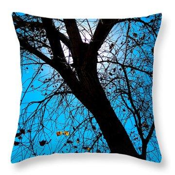 Bosque Silhouette Throw Pillow