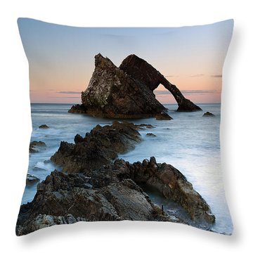Bow Fiddle Rock At Sunset Throw Pillow