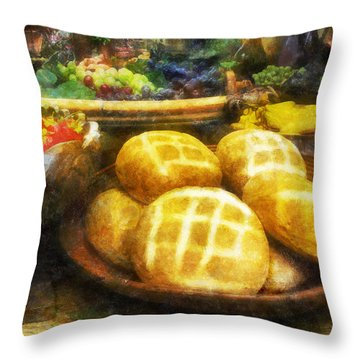 Bread Table Throw Pillow