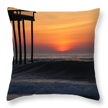 Breaking Sunrise Throw Pillow