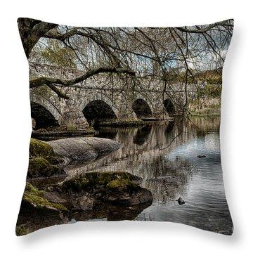 Llyn Padarn Throw Pillows