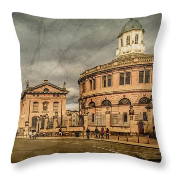 Oxford, England - Broad Street Throw Pillow