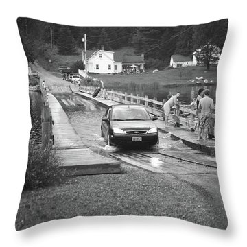 Throw Pillow featuring the photograph Brookfield, Vt - Floating Bridge 3 Bw by Frank Romeo