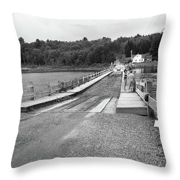 Throw Pillow featuring the photograph Brookfield, Vt - Floating Bridge 5 Bw by Frank Romeo