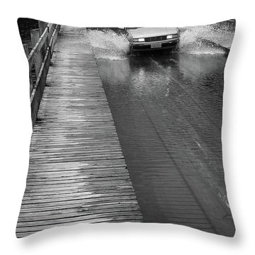 Throw Pillow featuring the photograph Brookfield, Vt - Floating Bridge Bw by Frank Romeo