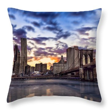Brooklyn Bridge Manhattan Sunset Throw Pillow