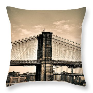 Brooklyn Bridge New York Throw Pillow