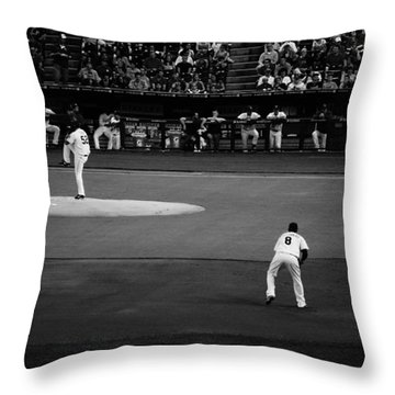 Bruce Chen Pitching Throw Pillow