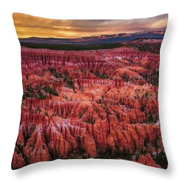 Bryce Canyon In The Glow Of Sunset Throw Pillow