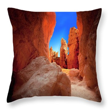 Bryce Canyon Narrows Throw Pillow by Gary Warnimont