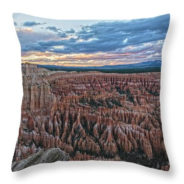 Bryce Point Grandeur Throw Pillow