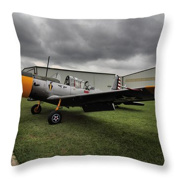 Throw Pillow featuring the photograph Bt-13a Valiant by Linda Unger