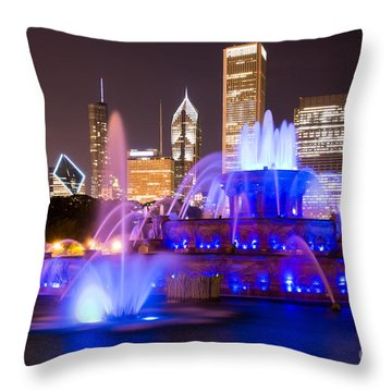 Buckingham Fountain At Night With Chicago Skyline Throw Pillow by Paul Velgos