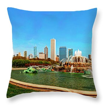 Throw Pillow featuring the photograph Buckingham Fountain Chicago Grant Park by Tom Jelen