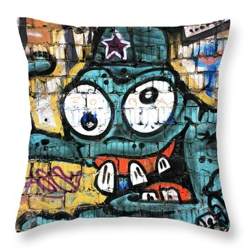 Bug-eyed In Berlin Throw Pillow