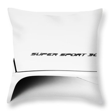 Throw Pillow featuring the photograph Bugatti-veyron, Super Sport 300 by Michael Hope