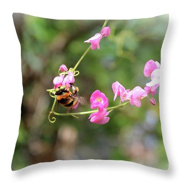 Bumble Bee2 Throw Pillow