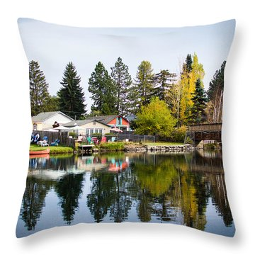 bungalows on the Deschutes Throw Pillow