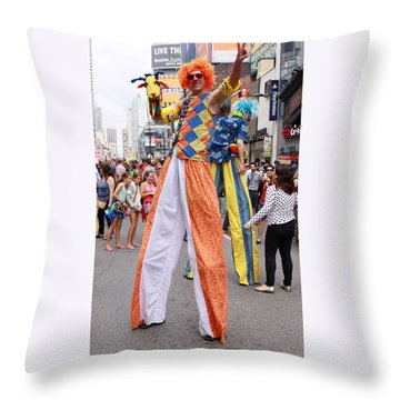 Busker Fest In Toronto August 2014 Throw Pillow