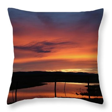 Butte County Sunrise Throw Pillow