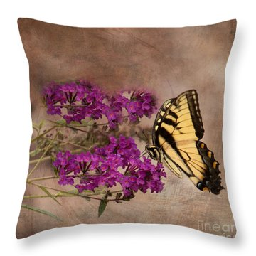Butterfly , Eastern Tiger Swallowtail Throw Pillow