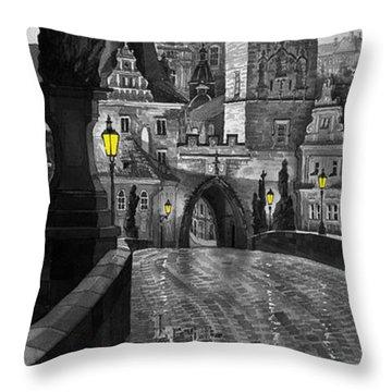 Bw Prague Charles Bridge 03 Throw Pillow