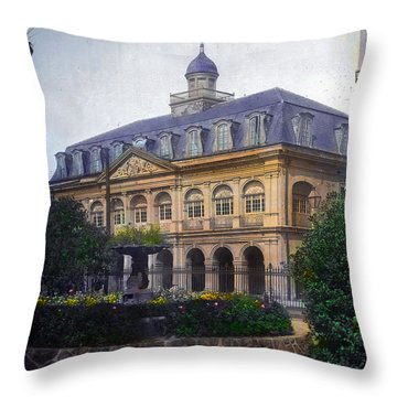 Cabildo In Color Throw Pillow
