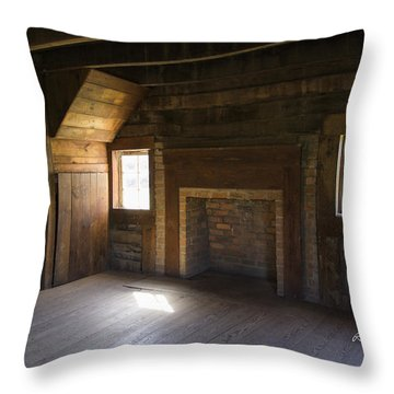 Cabin Home Throw Pillow