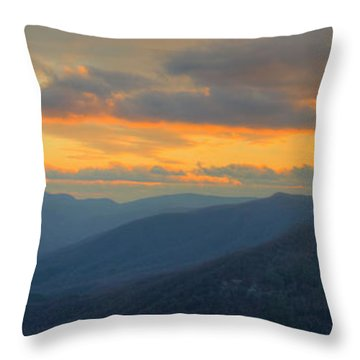 Throw Pillow featuring the photograph Caesars Head Light by David Waldrop