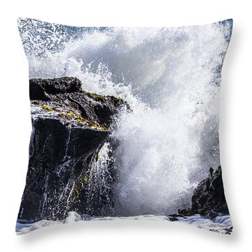 California Coast Wave Crash 6 Throw Pillow