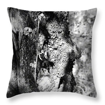 Call Of The Elder Throw Pillow