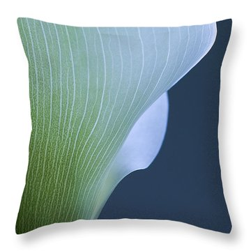 Throw Pillow featuring the photograph Calla Curves by Tom Vaughan
