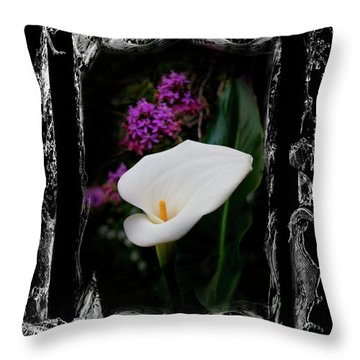 Throw Pillow featuring the photograph Calla Lily Splash by Al Bourassa