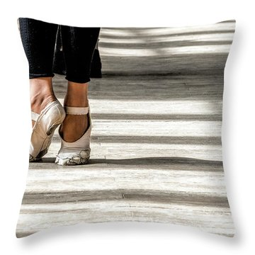Camaguey Ballet 2 Throw Pillow