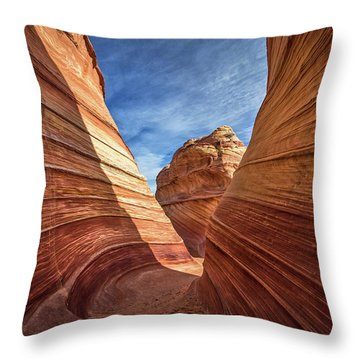 Canyon Atthe Wave Throw Pillow