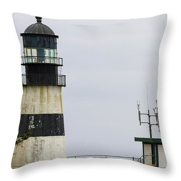 Cape Disappointment Lighthouse Closeup Throw Pillow by David Gn