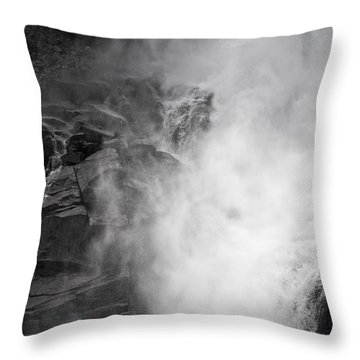 Cascata 1535 Throw Pillow