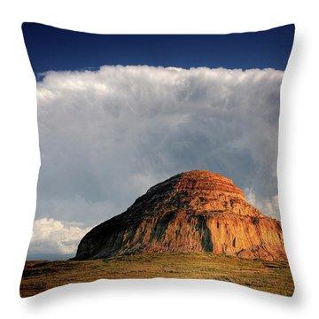 Castle Butte In Big Muddy Valley Of Saskatchewan Throw Pillow by Mark Duffy